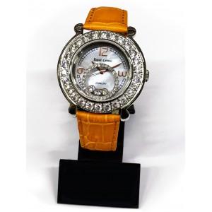 Reloj Royal Crown con Circonitas engastadas, esfera de acero y correa de cuero naranja.